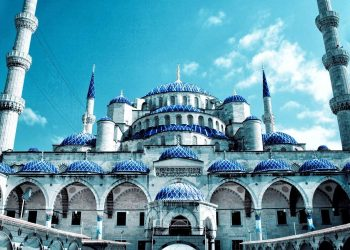blue-mosque-istanbul-e1459520589127